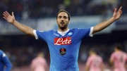 Napoli's Gonzalo Higuain celebrates after scoring against Palermo's during their Serie A soccer match at San Paolo stadium in Napoli, Italy, October 28, 2015. REUTERS/Ciro De Luca