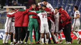 Milan's players celebrates the victory at the end of the Italian Serie A soccer match between AS Roma and AC MIlan at Olimpico Stadium in Rome, 25 February 2018. ANSA/ GIUSEPPE LAMI